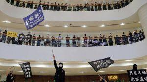 İngiltere yönetimi Çin'in Hong Kong güvenlik yasasına tepki gösterdi
