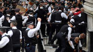 Londra polisi de ayrımcılık yapmakla suçlanıyor