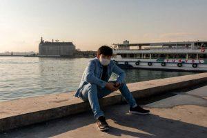 Türkiye'de maske takma zorunluluğuna uymayanlara 105 pound ceza kesilecek