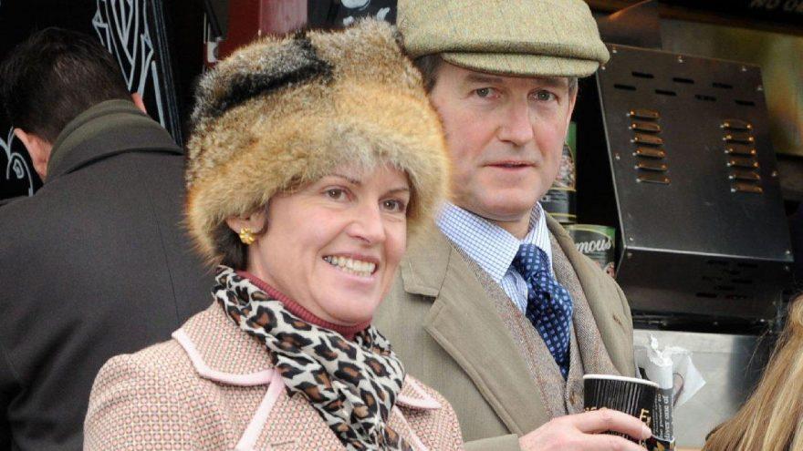 Çevre Bakanı Owen Paterson'ın eşi evinde ölü bulundu