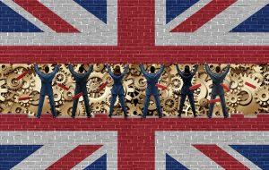 İngiltere'de enflasyon beklentinin üzerinde arttı