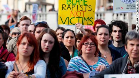 İngiltere'de tecavüz davalarının sayısı düşüyor