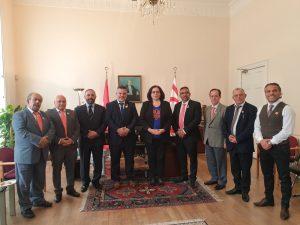 Türk Toplum Futbol Federasyonu, KKTC Londra Temsilcisi Tuncalı'yı ziyaret etti