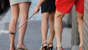Almanya'da kadınların izinsiz etek altı ve göğüs fotoğraflarını çekmek suç kapsamına alındı