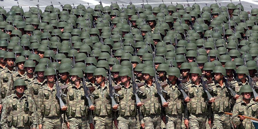 """KKTC Askerlik: """"Yurt dışında doğanlar bin pound ödeyip muaf olabilecek"""""""