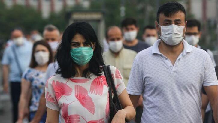 Adana'da maske takmak geceyarısından itibaren zorunlu olacak