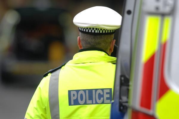 London stabbing: İbrahim Gül stabs police officer