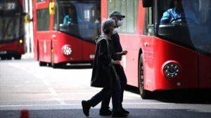 İngiltere'de salgın nedeniyle ölenlerin sayısı 44 bin 517'ye çıktı