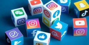 İngiltere'de sosyal medya düzenlemesi çağrısı