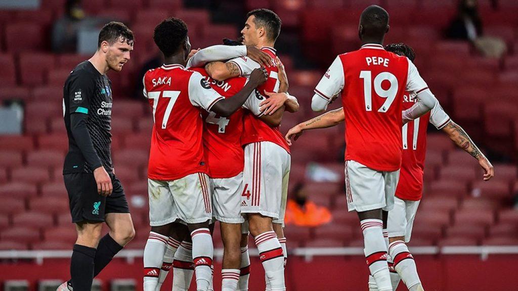 Arsenal, şampiyon Liverpool'u 2-1 yendi