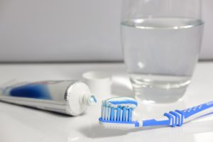 Not brushing your teeth increases risk of mouth and stomach cancer