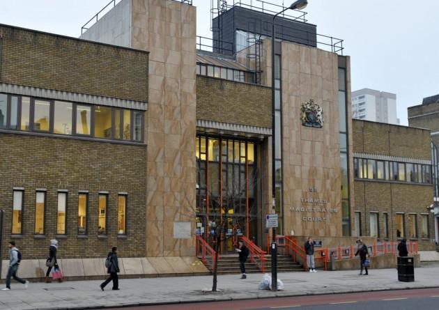 Kuzey Londra'da 12 kişi tutuklandı, 1'i Türk kökenli