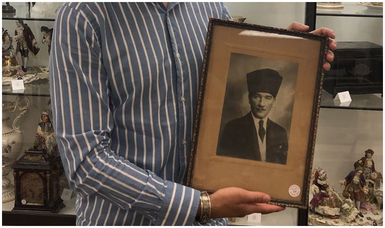 Atatürk imzalı fotoğraf ABD'deki müzayedede büyük ilgi gördü