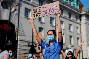 Yüzde 1 NHS maaş artışın ardından 35 milyon pound grev fonu kurdu