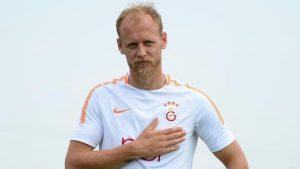 Tecrübeli stoper yeniden Galatasaray'a geliyor