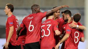 Manchester United yarı finalde