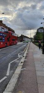 Londra'da bir adam bıçaklanarak öldürüldü