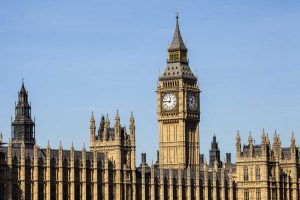 House of Lords votes against government's Brexit legislation