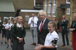 Boris Johnson: 'Okullar Eylül ayında yeniden açılacak'