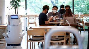 Kafede 2 saat oturan müşteri 56 kişiye koronavirüs bulaştırdı