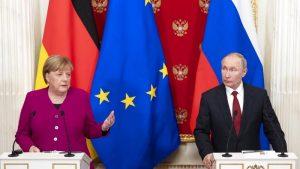 """İngiliz uzman Almond: """"Merkel-Putin ilişkisi kontrolden çıkıyor"""""""