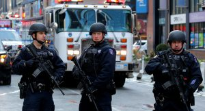 ABD'de polis şiddetine karşı protestolar durulmuyor
