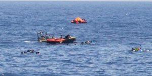 Akdeniz'de göçmenleri taşıyan bot battı: 24 kişi hayatını kaybetti