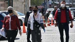 Türkiye genelinde maske takma zorunluluğu getirildi