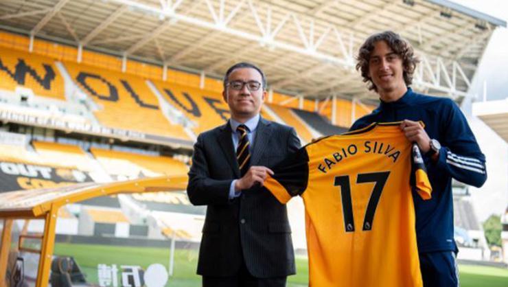 Wolverhampton, 18 yaşındaki Fabio Silva için 35 milyon verdi