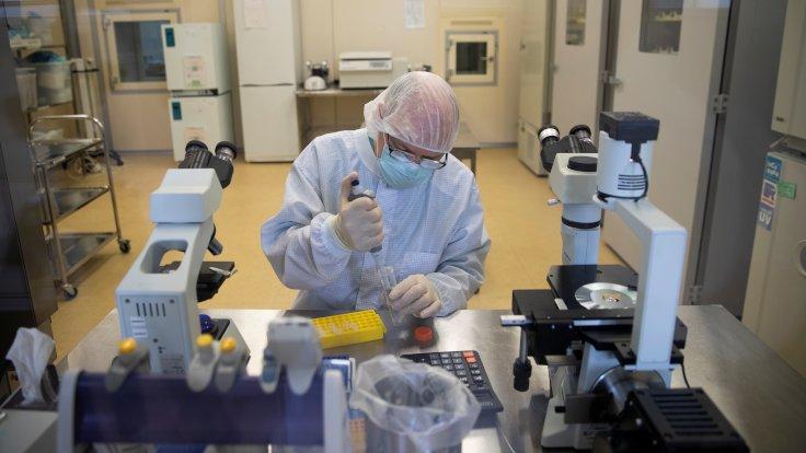 Rusya ve İran'dan korona aşısı için ortak üretim anlaşması