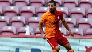 Galatasaray'ın yıldız futbolcusu Arda Turan koronavirüse yakalandı