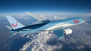 TUI'nin uçağında 7 tane korona vakası çıktı