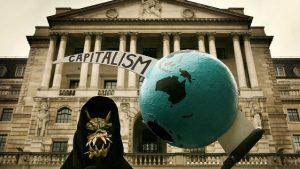 """İngiltere'de okullarda 'anti-kapitalizm' yasağına tepki: """"Ülke totalitarizme kayıyor"""""""