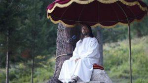 Kendini İsa ilan etmişti! Tarikat liderine dev operasyon