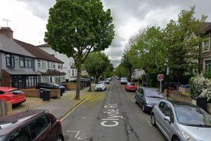 Croydon'da cinayet soruşturması başlatıldı