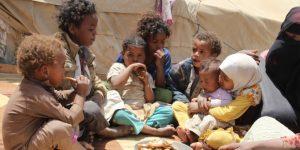 Yemen'de 100 bin çocuk açlıktan ölebilir