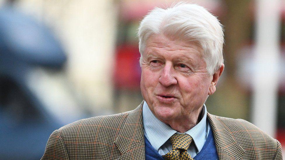 Boris Johnson'ın babası Stanley'e 200 sterlin maske takmama cezası