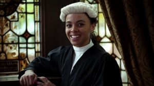 İngiltere'de mahkeme salonlarında sanık sanılan, genç, siyah avukat