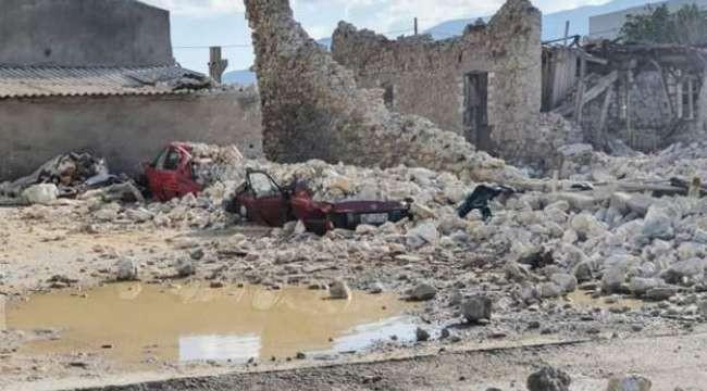 Yunanistan'ın Samos (Sisam) adasında depremde 2 çocuk yaşamını yitirdi, 8 kişi yaralandı