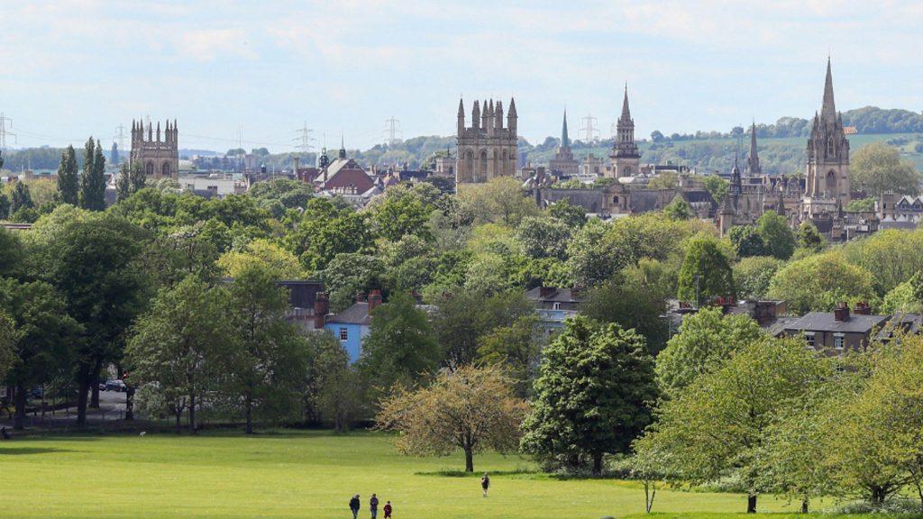 Oxford, Luton ve Yorkshire ve Midlands bölgeleri Seviye 2'ye girecek