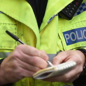 Gençler ev partisi düzenledikleri için her biri 10.000 sterlin para cezasına çarptırıldı