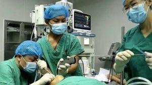 5 yaşındaki çocuğun boğazından canlı solucan çıkarıldı