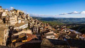 İtalya'nın Salemi kasabasındaki evler 1 Euro'dan satışa çıkacak