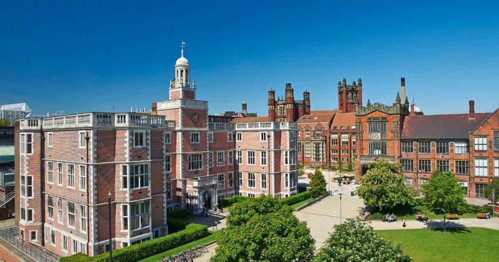 İngiltere'deki Newcastle Üniversitesi'nde koronavirüs alarmı: Binden fazla vaka