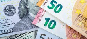 Dolar, euro ve sterlin tarihi zirvelerini yenilemeye devam ediyor