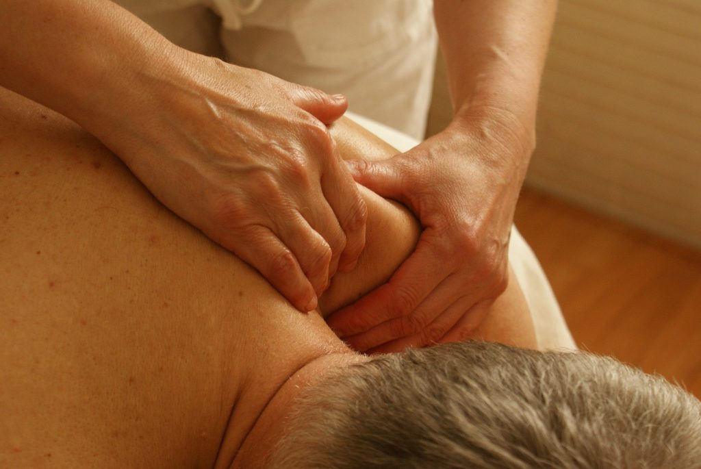 Physiotherapy 'as good as surgery' for fixing frozen shoulder