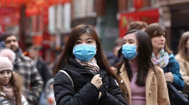 İngiltere'de koronavirüs vaka sayısında artış yaşanıyor