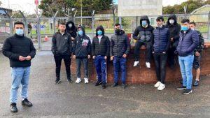 İngiltere İçişleri Bakanlığı onlarca sığınmacıyı 'karantina kurallarını ihlal ederek Birmingham'dan Londra'ya nakletti'