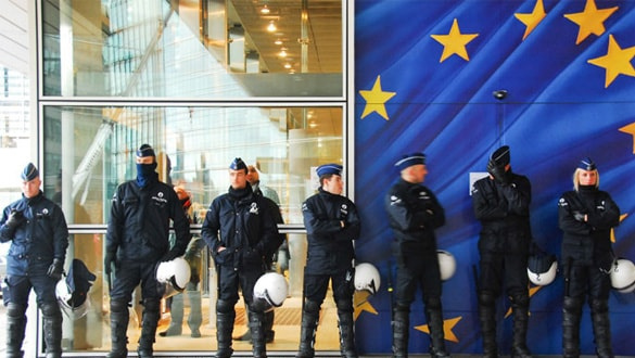 Europol'den çocuk kaçakçılığı operasyonu: 388 gözaltı