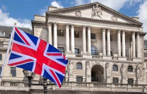 İngiltere Merkez Bankası, ekonomiye 150 milyar pound enjekte edecek
